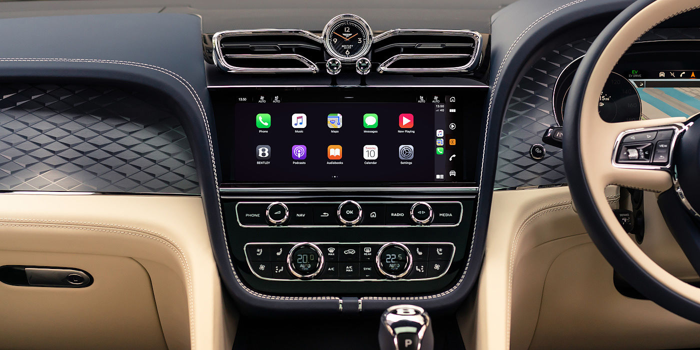 new-bentley-bentayga-hybrid-front-interior-connected-car-display